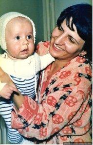 Iuli bebe in octombrie 1985