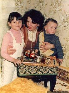 La moț la Iuli, eu cu copiii