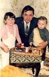 La moț la Iuli, Nae cu copiii, martie 1987